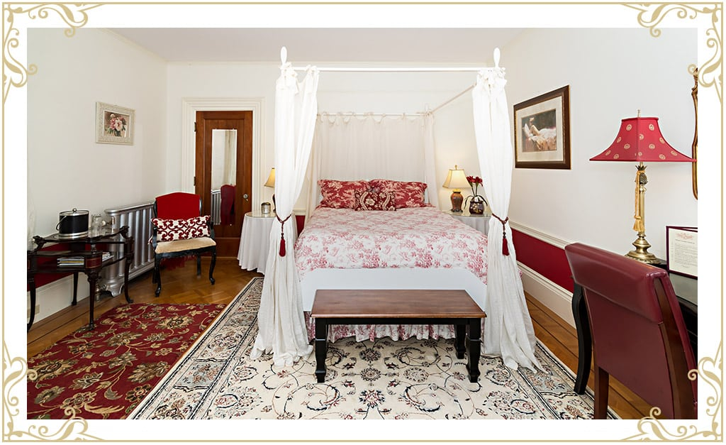 The Silver Fountain Inn | Dover NH Hotels | Room: The Duchess