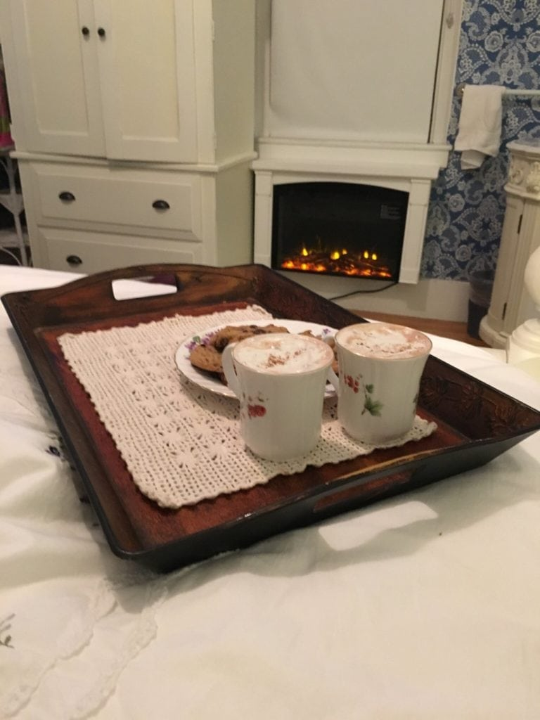 hotel in Dover NH offering luxurious amenities like fireplace, cookies and hot chocolate