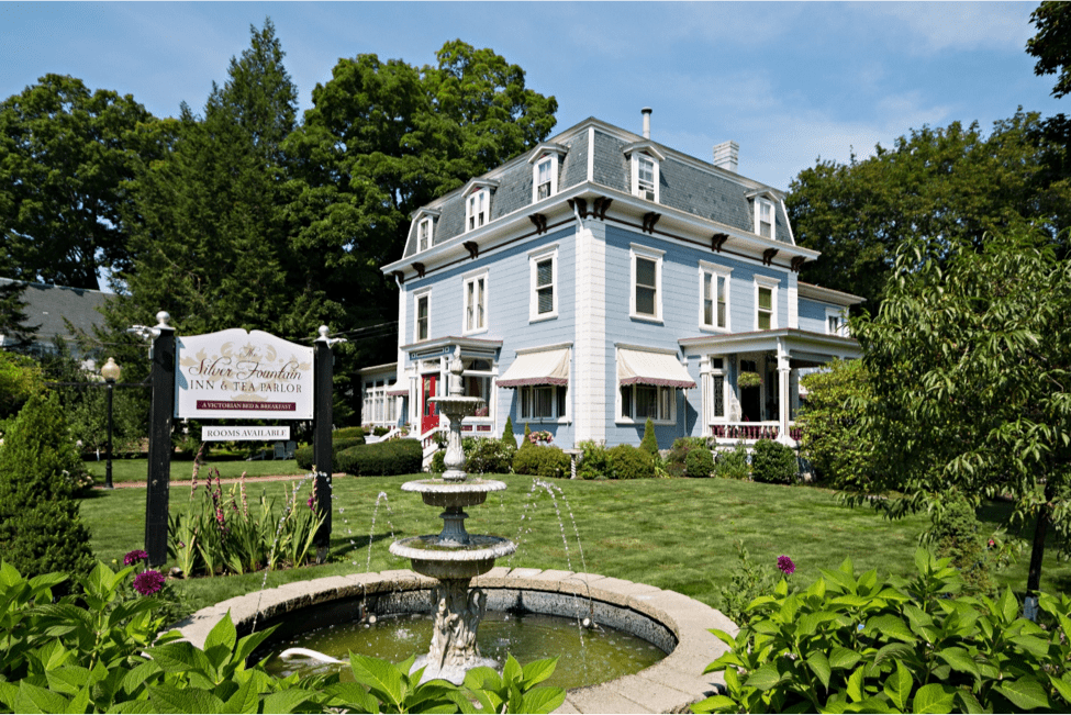 Of all the Dover NH area hotels, you'll likely find ours to be the most beautiful exterior.